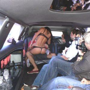Stripteaseuse en limousine Marseille